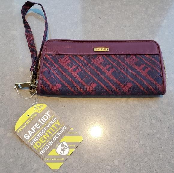 Travelon Handbags - Nylon RFID Wallet